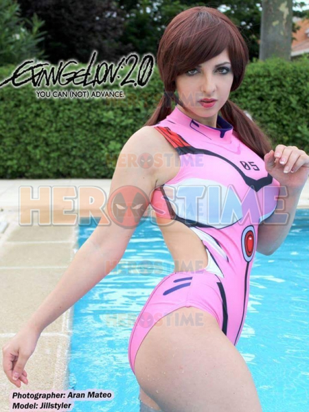 EVA Mari Makinami Illustrious Spandex Cosplay Swimsuit